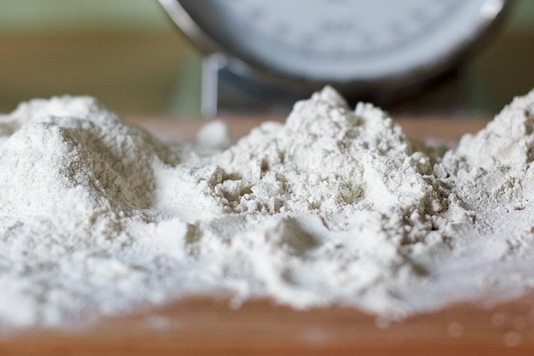 Raffinazione della farina bianca